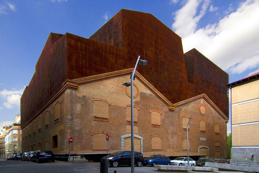 Caixaforum-Madrid-Herzog-de-Meuron-02.jpg
